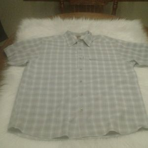 Men's L. The North Face shirt $ 30.00 # 1418